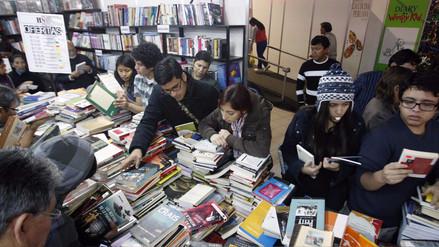 En promedio, los peruanos leen menos de un libro al año