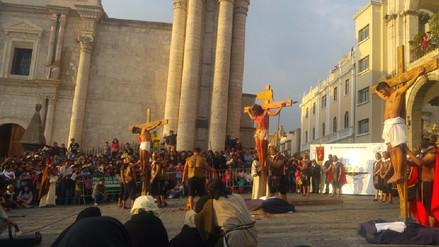 Arequipa: más de 200 actores escenificaron la vida, pasión y muerte de Jesús