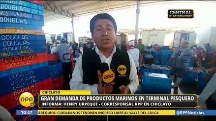 Gran demanda de público en terminal pesquero de Santa Rosa