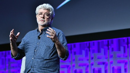 """George Lucas: """"Carrie Fisher fue la princesa que nunca retrocedió"""""""