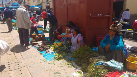 Tradicional 'Hampirantikuy' se realizó por Semana Santa en Cusco