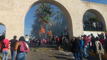 Arequipeños se hicieron presentes a la quema de Judas en Yanahuara