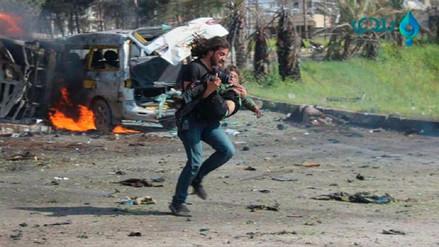 El fotógrafo que salvó a un niño en Alepo dio su desgarrador testimonio