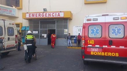 Niña queda herida al caer del tercer piso de centro comercial