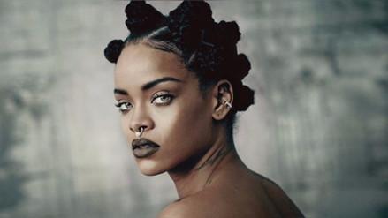 Rihanna 'brilló' con su vestuario en Coachella