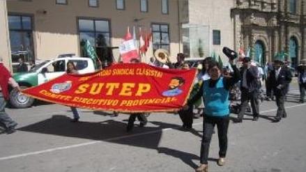 Archivan denuncia contra dirigentes del Sutep investigados por terrorismo