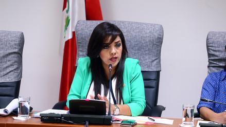 Revelan nuevas denuncias contra Alejandra Aramayo y su padre