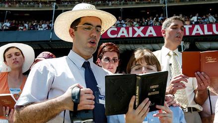 Rusia prohíbe a los Testigos de Jehová al considerarlos organización extremista