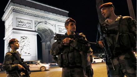 El Estado Islámico se adjudicó la autoría del ataque en los Campos Eliseos