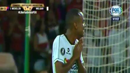 Nilson Loyola perdió clara opción de gol para Melgar en la Libertadores