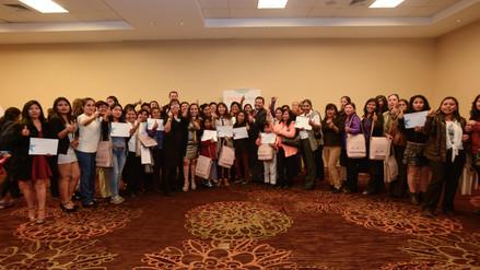 300 mujeres fueron capacitadas en gestión empresarial en Arequipa