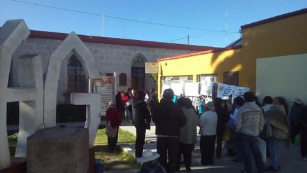 Protestan pacientes y médicos de oncología del hospital Goyeneche