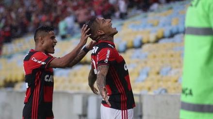 Paolo Guerrero marcó un doblete en la victoria del Flamengo