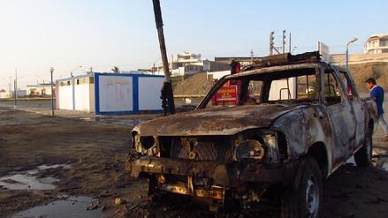 Huanchaco: camioneta de serenazgo se incendia por cortocircuito