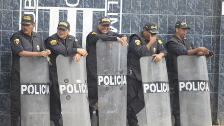 Policía resguardó el estadio de Alianza Lima por amenazas de la barra