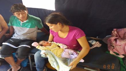 Bebé nació en albergue para damnificados de Jayanca