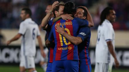 Las mejores fotos del Clásico de las leyendas entre Barcelona y Real Madrid