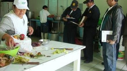 Realizan operativos en cevicherías y restaurantes de José Leonardo Ortiz