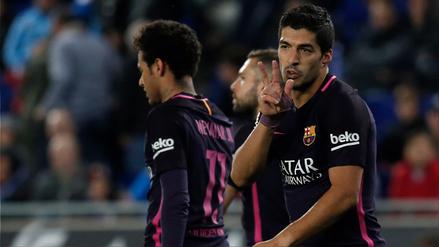 Barcelona se quedó con el derbi ante Espanyol con doblete de Luis Suárez