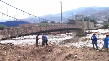 Casi el 70 % de puentes colapsados por lluvias estaba mal diseñado