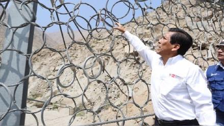 Chosica: delincuentes roban mallas donadas para proteger de los huaicos
