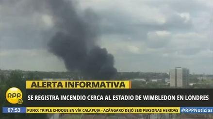 Un gran incendio se registró cerca del estadio de Wimbledon en Londres