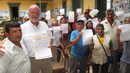 Entregan títulos de propiedad a 150 familias del distrito de Cayaltí