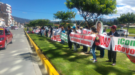 Simpatizantes de Gregorio Santos acatan plantón en P.J de Cajamarca