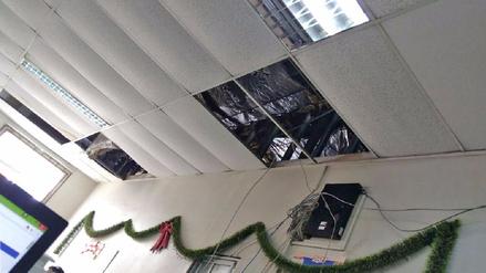 Trabajadores del hospital María Auxiliadora denuncian hacinamiento en oficina