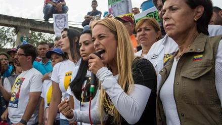 Lilian Tintori exige ver con vida a Leopoldo López