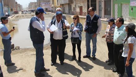 Personal de la Sunass visita áreas afectadas por problemas de saneamiento