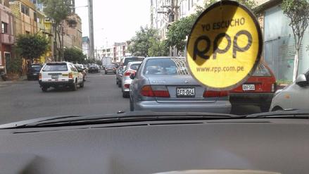 Jesús María: Usan la avenida General Garzón para estacionarse en doble fila