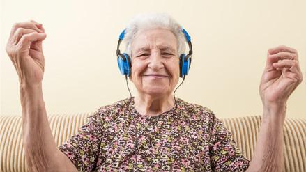 Aprender a bailar mejora la función cerebral en adultos mayores