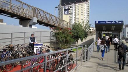 Instalan estacionamiento para bicicletas en estación del Metropolitano
