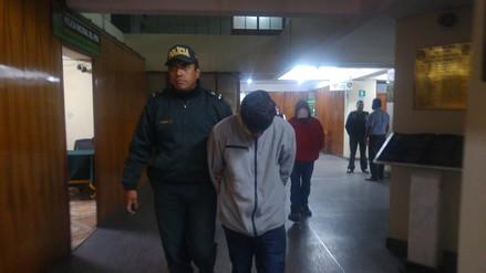 Falsos pasajeros asaltan a taxista en Cayma