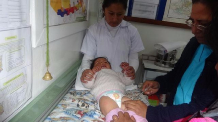Alertan infecciones respiratorias en niños por bajas temperaturas en La Oroya