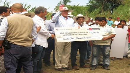 Inicia entrega de bonos a agricultores afectados por Niño Costero