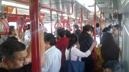 Un tren de la Línea 1 quedó varado entre las estaciones Angamos y San Borja Sur