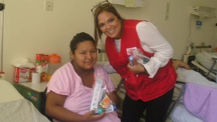 Pacientes del Hospital Dos de Mayo celebraron el Día de la Madre por adelantado