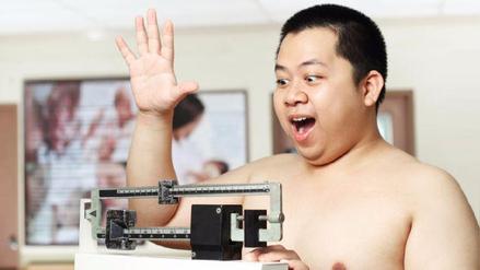 Una empresa china ofrece dinero a sus trabajadores por cada kilo adelgazado