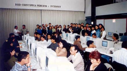 Así era la primera cabina de Internet del Perú