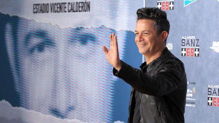 Alejandro Sanz prepara duetos con Juanes y Shakira