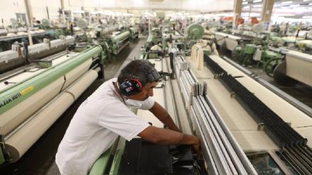 CCL: Pese a laborar en empresas formales, 2.8 millones de trabajadores no reciben CTS