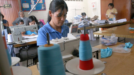Reducirían multas laborales a mypes y familias que dan empleo a trabajadoras del hogar