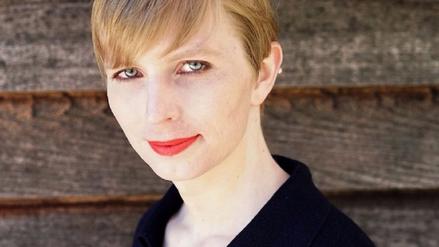Chelsea Manning publicó su primera foto como mujer tras recuperar su libertad
