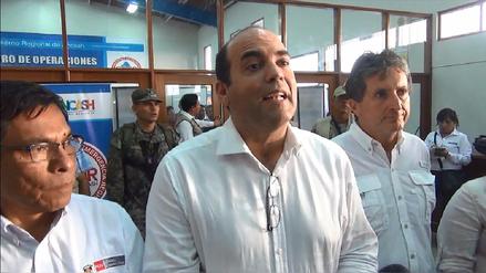 Fernando Zavala y Pablo de La Flor visitaron Chimbote para coordinar reconstrucción