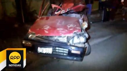 Chincha: un muerto dejó choque frontal entre bus y auto