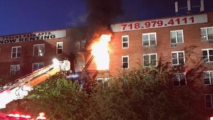 Más de 250 bomberos sofocaron un incendio que dejó 15 heridos en Nueva York