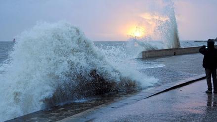 ¿Por qué el nivel del mar aumenta en los últimos años a mucha más velocidad?