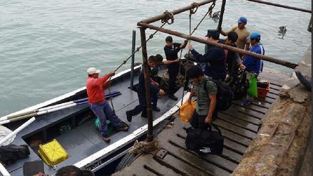 Huacho: siete tripulantes de embarcación varada fueron rescatados